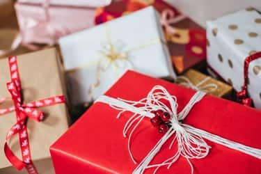presentes para amigo secreto em família - cuida com embalagem