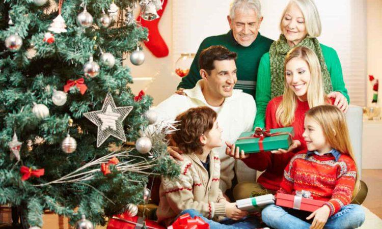 dar presente para membros da família