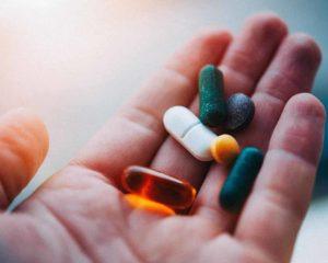 suplemento de vitamina - multivitaminico
