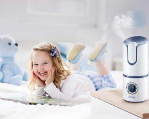 melhor umidificador de ar e menina em cama