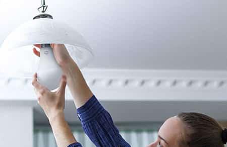 instalando lampada