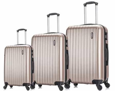 três malas: grande, média e pequena