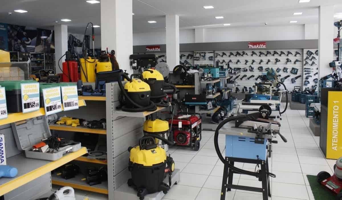 uma loja de locação de ferramentas para construção