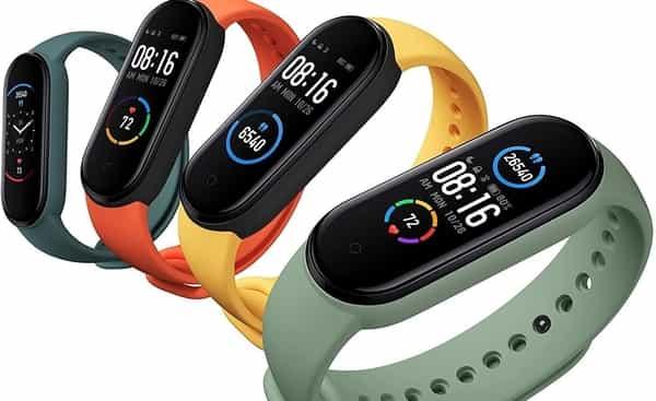 4 smartband xiaomi de cores diferentes