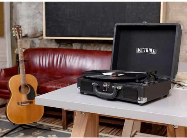 Alto falante integrado toca discos guitarra