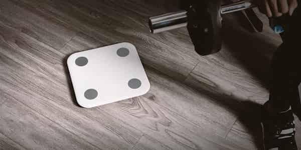 pesar peso corporal depois da academia